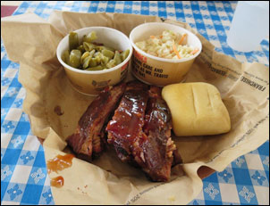 Dickey's Barbecue Restaurant Review in Green Bay, WI