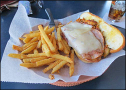 Restaurant Review of Gilligans in Howard, WI