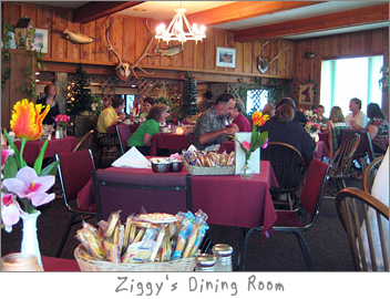 Dining Room of Ziggy's Green Bay, WI